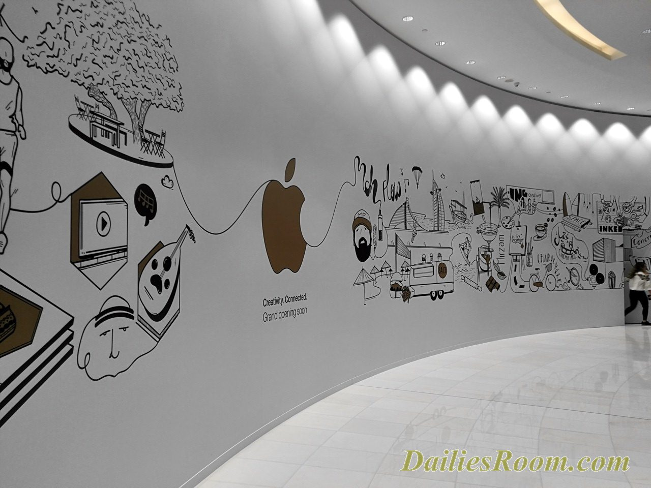 Apple Inc - Apple Store Dubai Mall to Open 27th April 2017